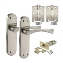 Satin Chrome Door Handle Pack with Handles on Backplate, Latch & Hinges H751221S HL1
