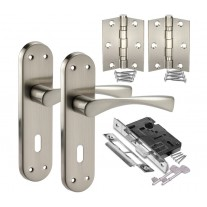 Satin Chrome Door Handle Pack with Handles on Lock Backplate, Lock & Hinges H751222S HL1
