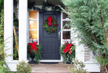 3 Front Door Wreaths for Christmas