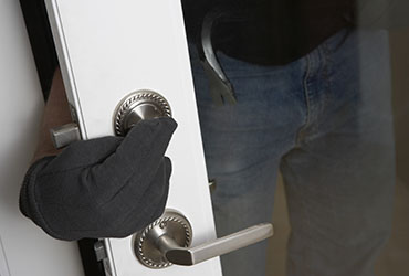 8 Top Tips to Beat the Burglar