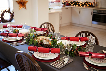 3 Table Decor Ideas For Christmas Handle King Uk
